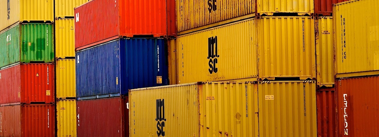 Container Unloading and Loading Services | Proficient Containers